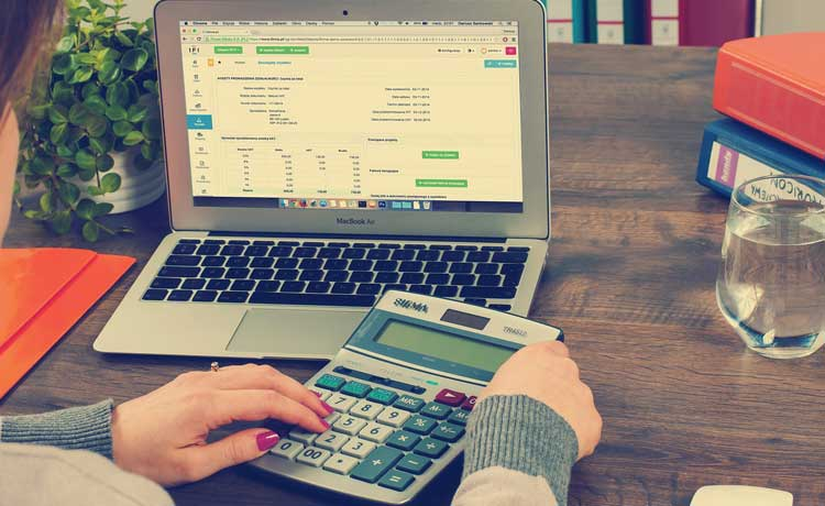 4 Best Tax Preparation Software Programs For Business