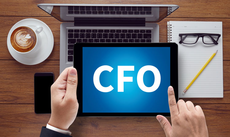 Pros and Cons of Outsourced CFO Services